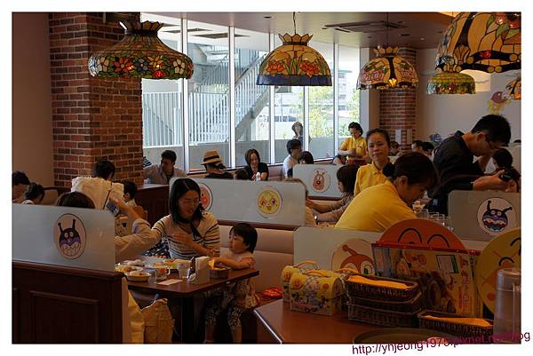 麵包超人餐廳-餐廳內.jpg