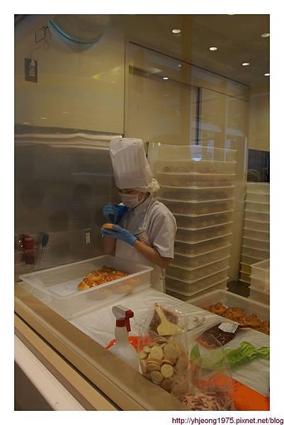 果醬爺爺烘焙坊-麵包製作過程.jpg
