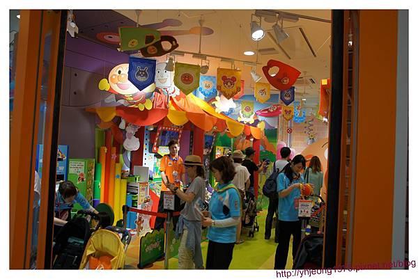 麵包超人商店街-遊樂場.jpg
