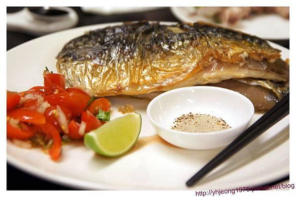 魚麗-香煎鯖魚.jpg
