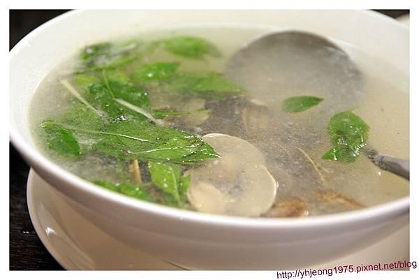 魚麗-蛤蜊雞湯.jpg