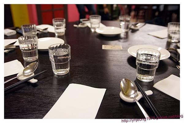 魚麗-餐桌.jpg