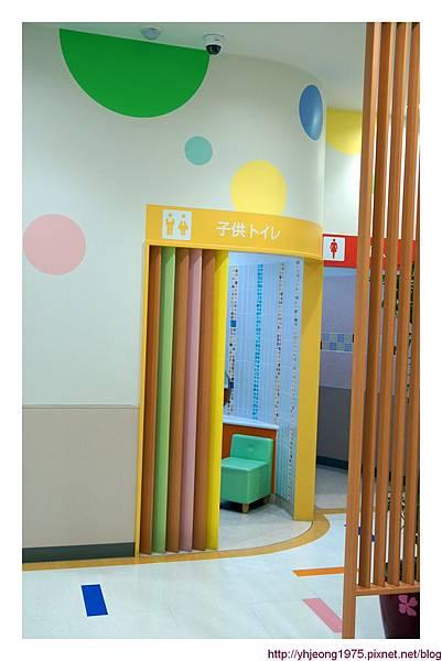 Q's mall-育嬰室.jpg