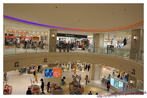Q's mall-店舖.jpg