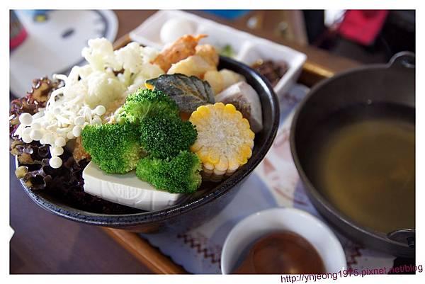 綠樹林-田園蔬食鍋.jpg