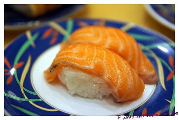 大起水產-鮭魚.jpg