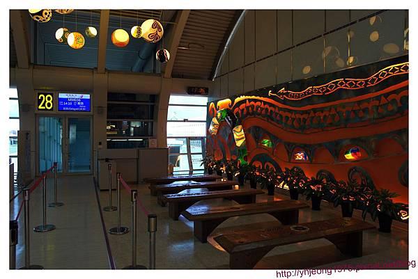 高雄機場-裝置.jpg