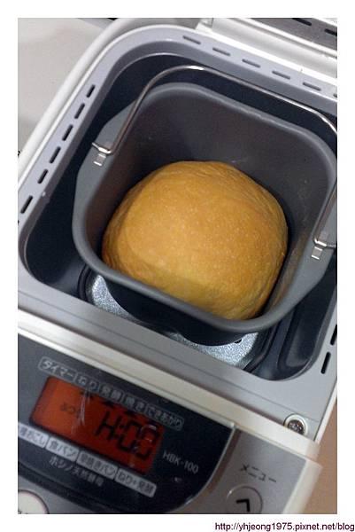 精工麵包機-出爐.jpg