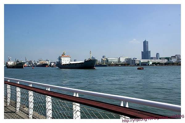 陽明高雄海洋探索館-高雄港.jpg