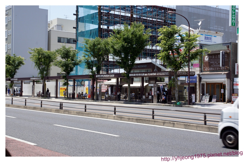散策奈良-巴士站牌.jpg
