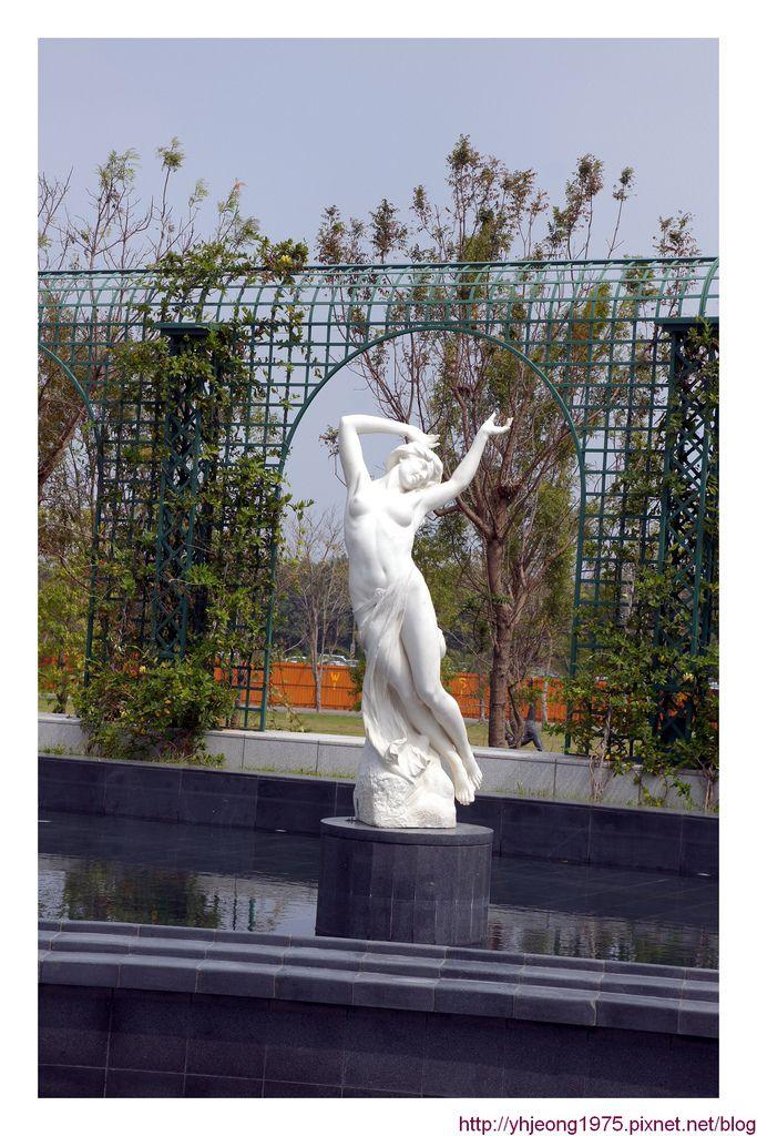 奇美博物館-雕塑1.jpg
