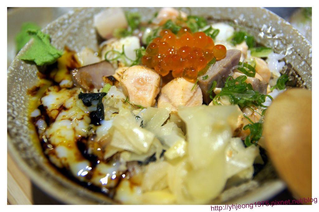 鮨月-炙燒生魚海鮮丼.jpg