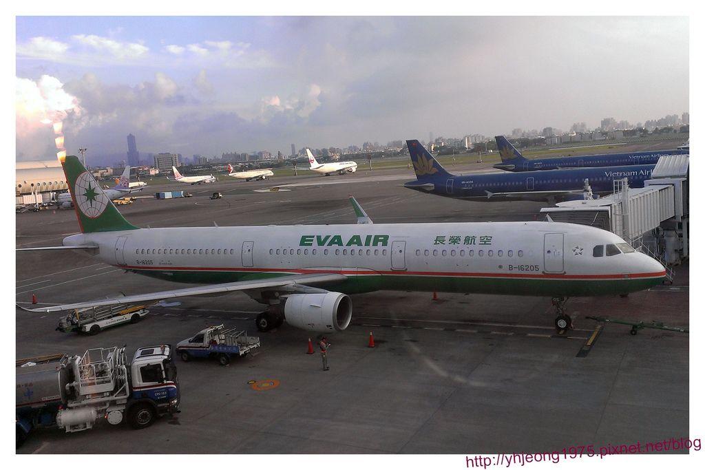 飛東京-A321-200.jpg