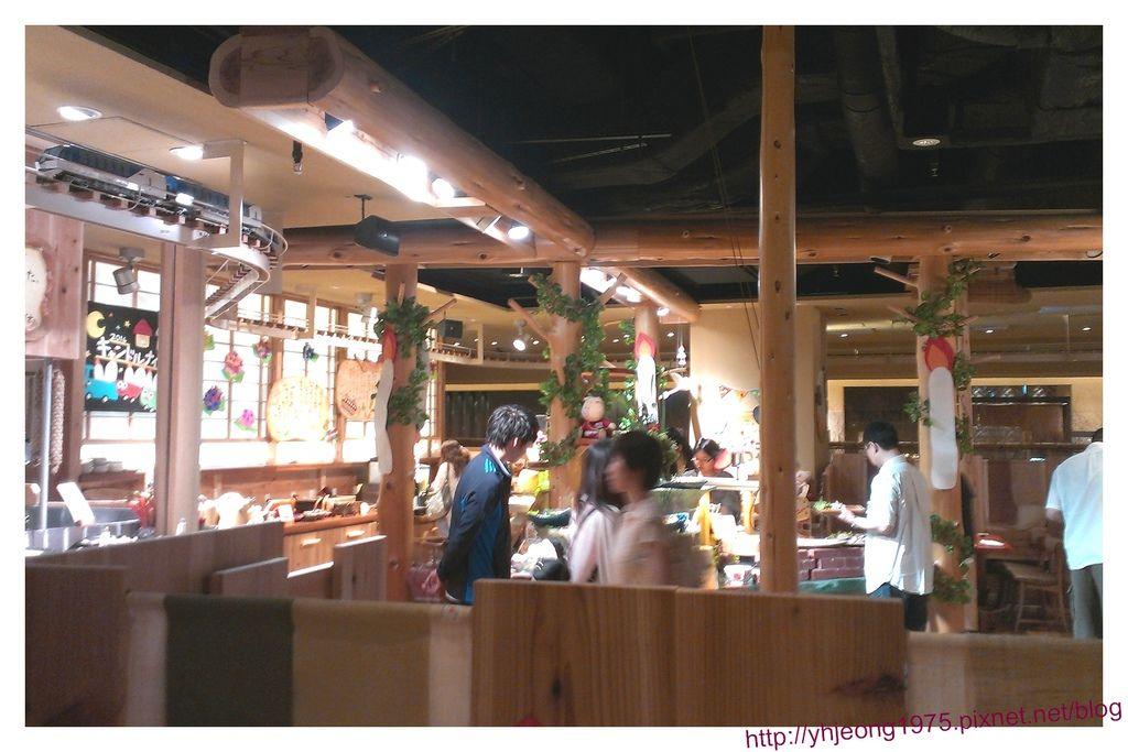mokumoku農場餐廳-內裝環境.jpg