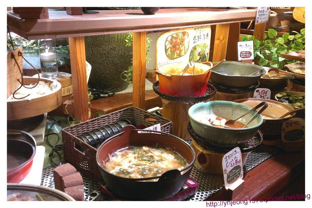 mokumoku農場餐廳-陶鍋鑄鐵.jpg