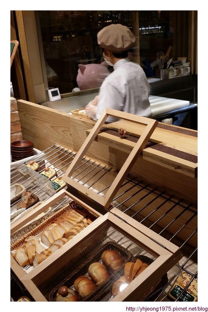 mokumoku農場餐廳-麵包擺盤.jpg