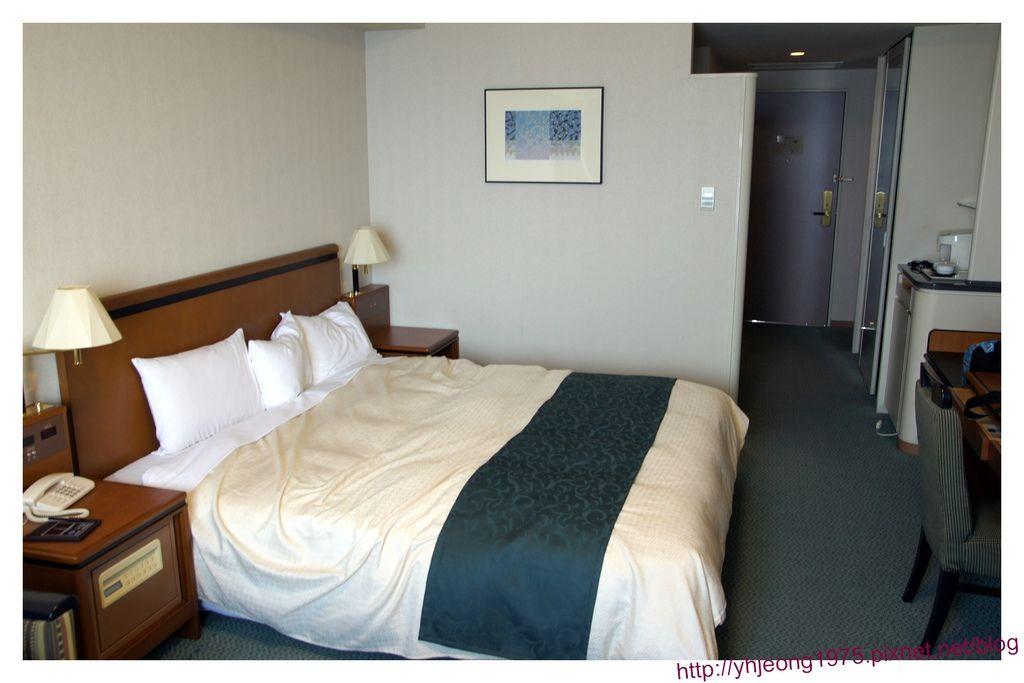 star gate hotel-房間環境.jpg