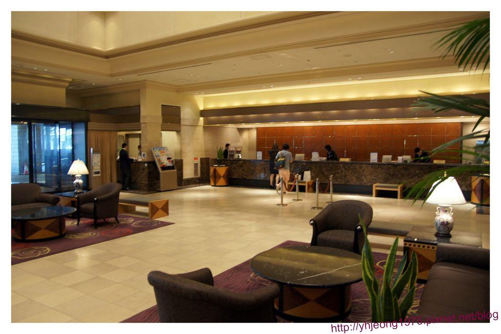 star gate hotel-櫃台.jpg