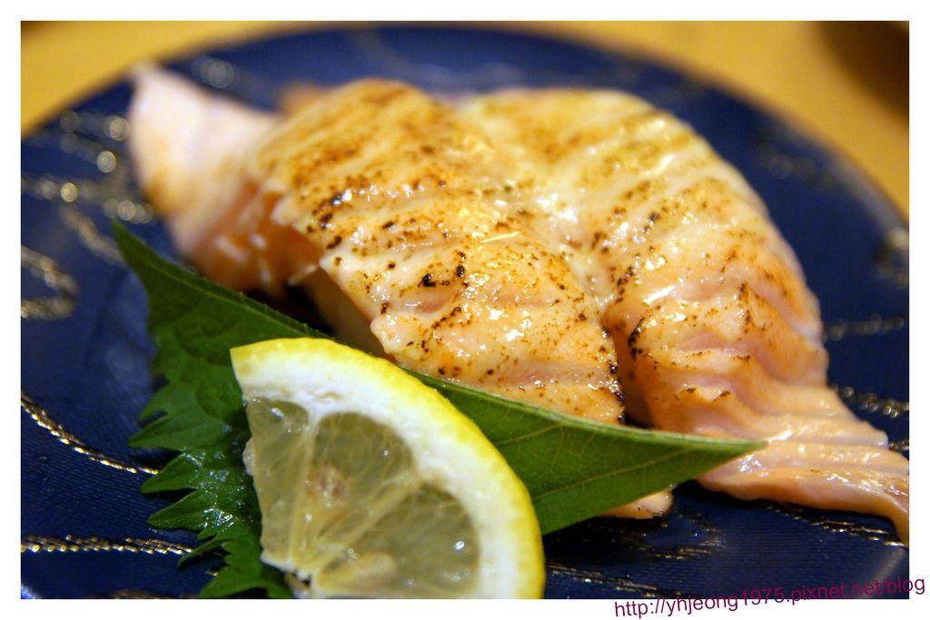 大起水產-炙燒鮭魚.jpg