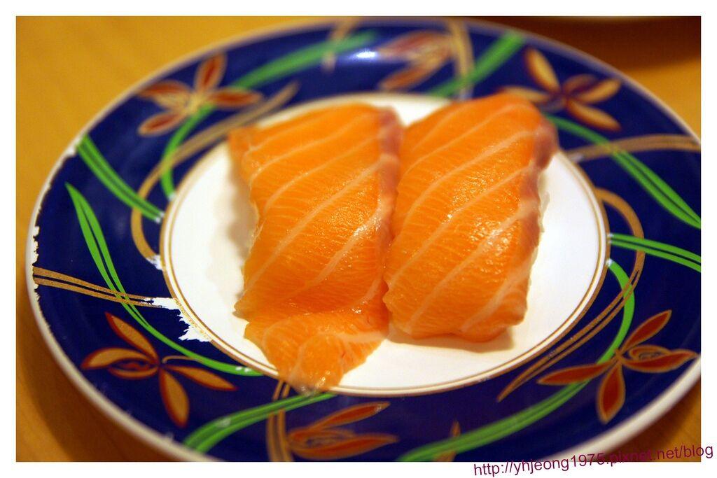 大起水產-鮭魚壽司.jpg