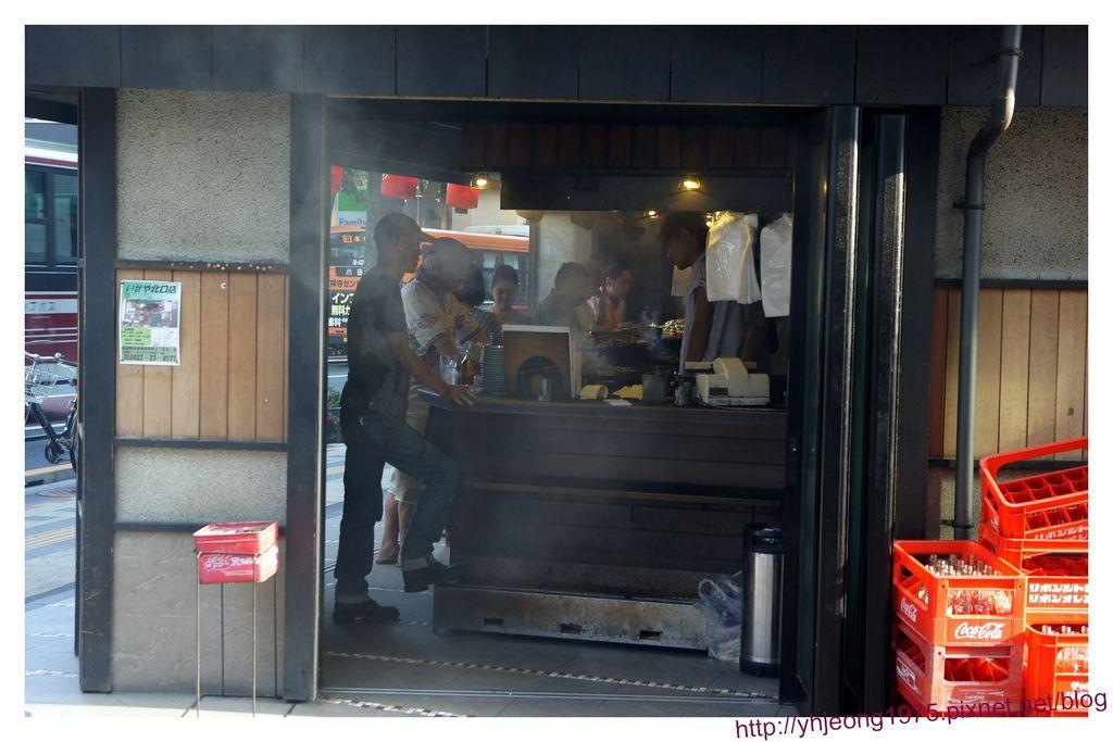 伊勢屋串燒-1F燒烤台.jpg