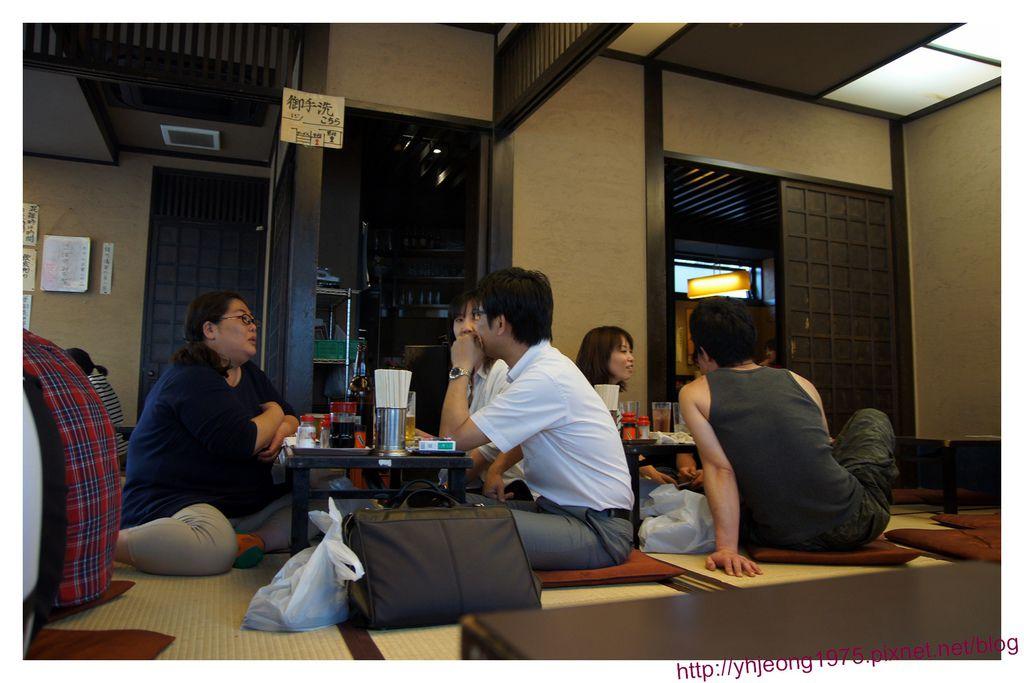 伊勢屋串燒-2F踏踏米區.jpg