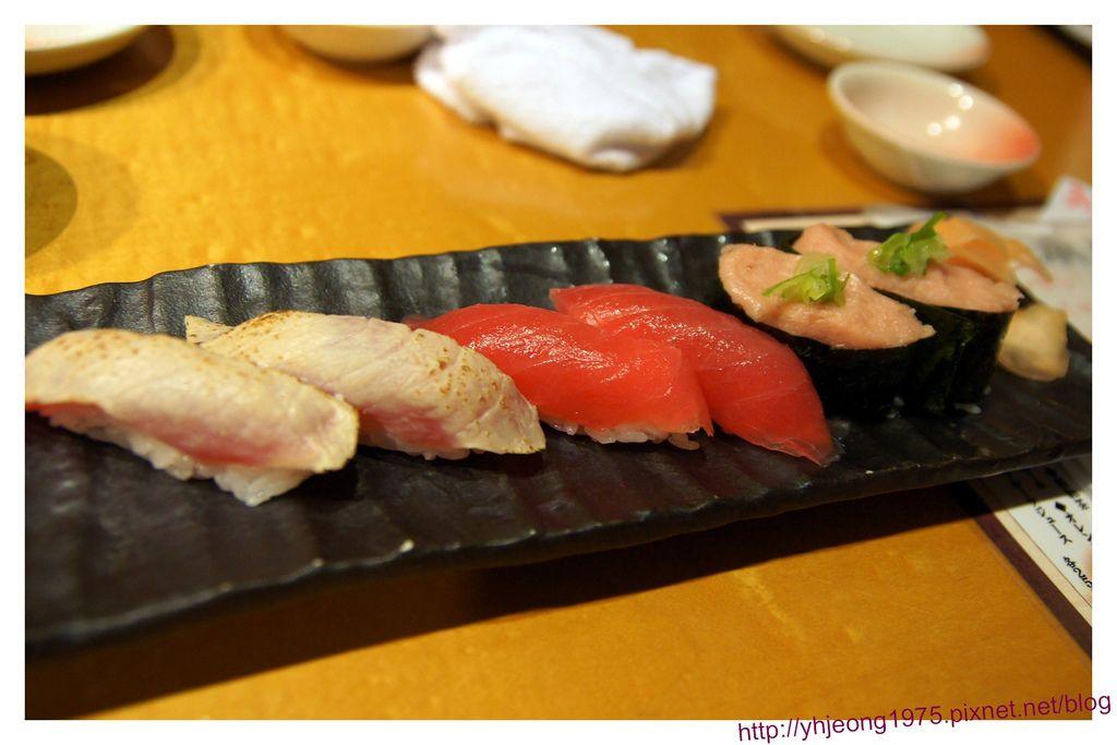 魚鮮水產-握壽司.jpg