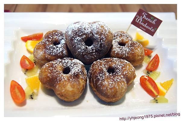 FrenchWindows茶餐館-心型英式蜜糖斯康鬆餅.jpg