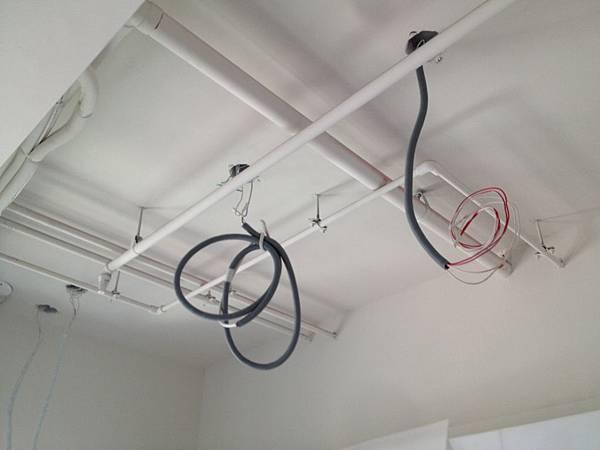 廚房水電燈具線路.JPG