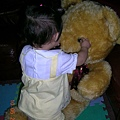 小恩和熊熊1.JPG