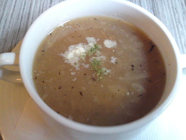 烤焦的洋蔥濃湯