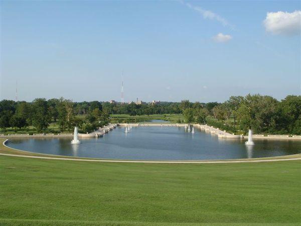 Forest Park在St Louis西邊