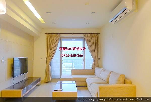 水雲間7F-客廳1.JPG