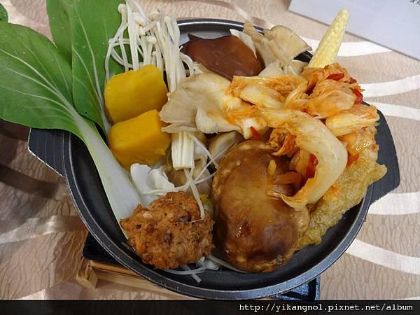 泡菜火鍋-益康美食館
