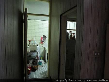1F往後有廁所及廚房(加蓋)
