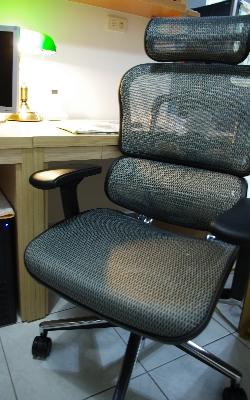 電腦椅-4.jpg