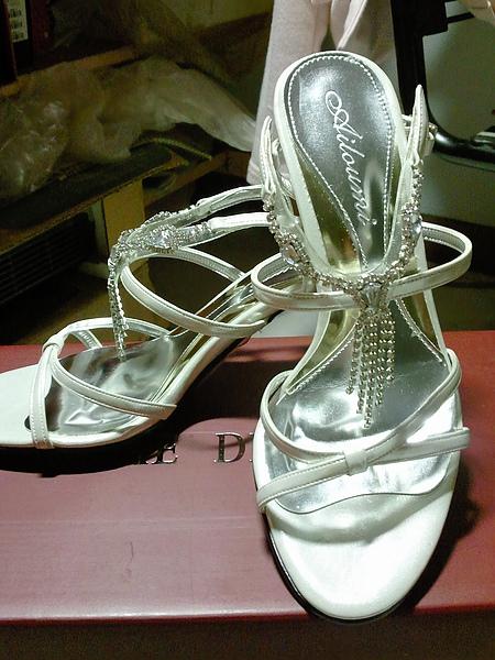 拍婚紗照用水鑽流蘇高跟鞋