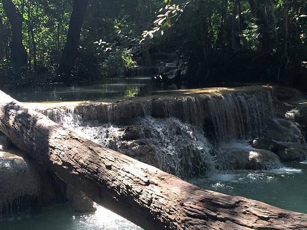 erawan國家公園七層瀑布