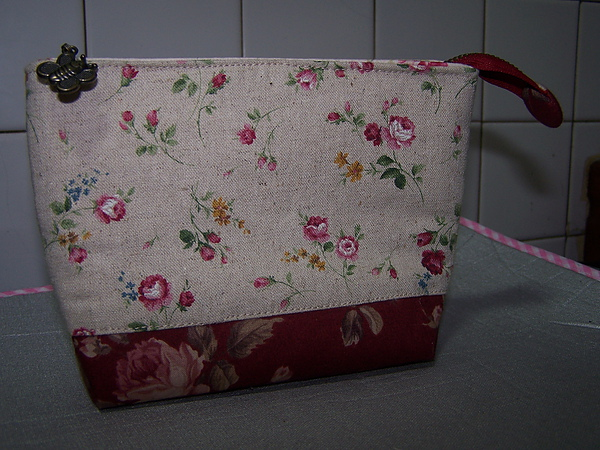 S30玫瑰花化妝包.JPG
