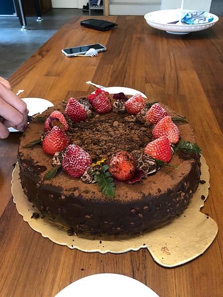 塞奶食物我的生日蛋糕.jpg