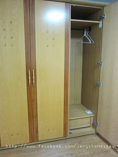 客人專用的衣櫃