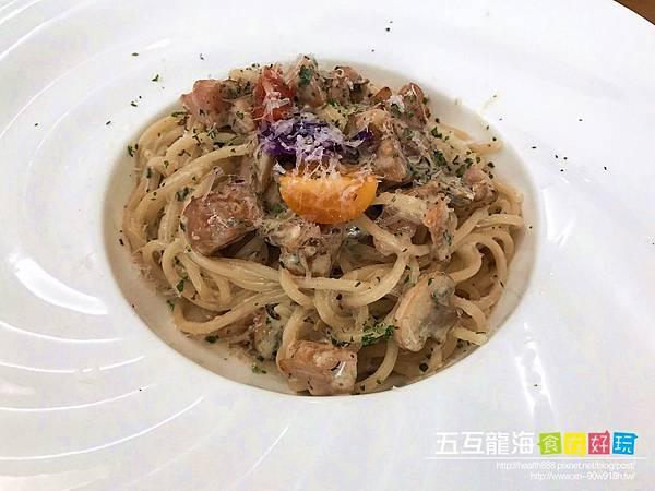 台中北區|義娜堤餐廚Eternity Café。隱藏在巷弄裡的道地義式餐廳  五互集團小編老皮貓