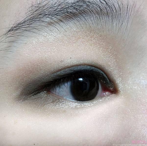 經典奢華10色眼影盤