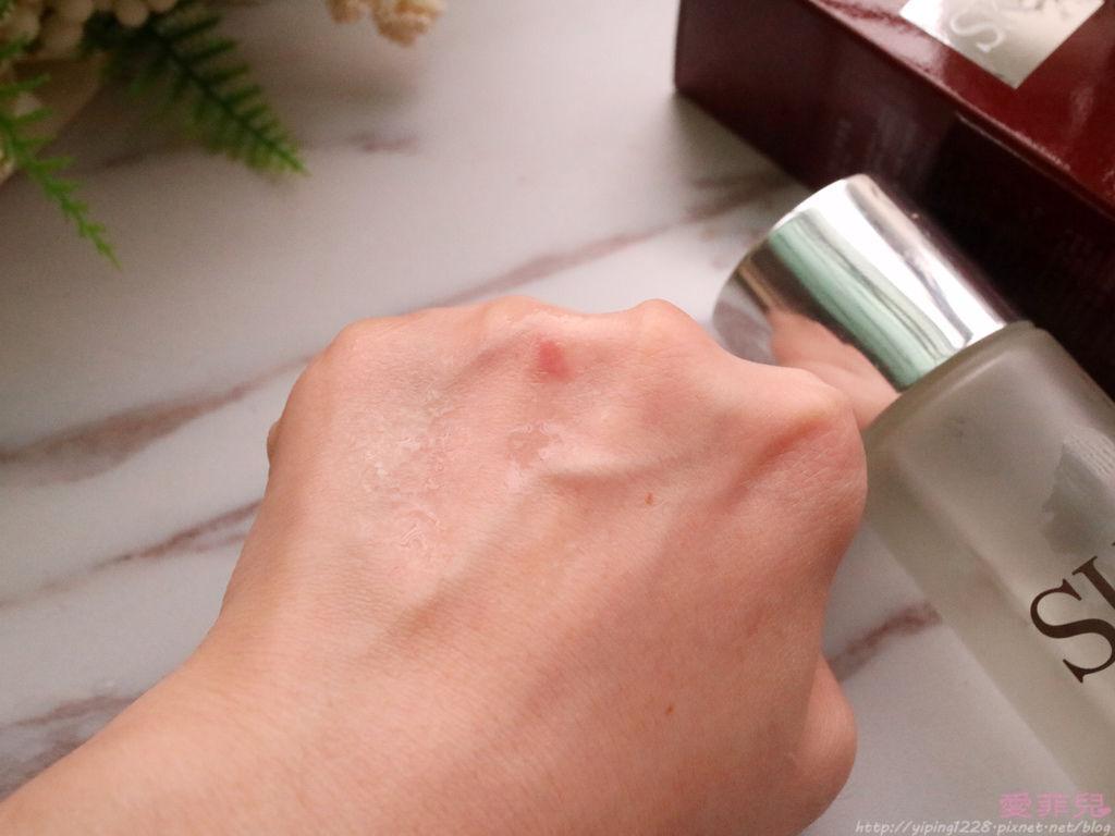 專櫃保濕精華液推薦/開架保濕精華液推薦