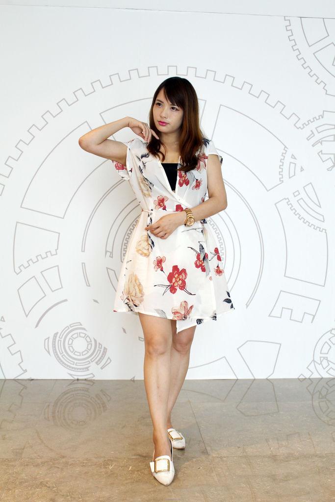 洋裝/罩衫