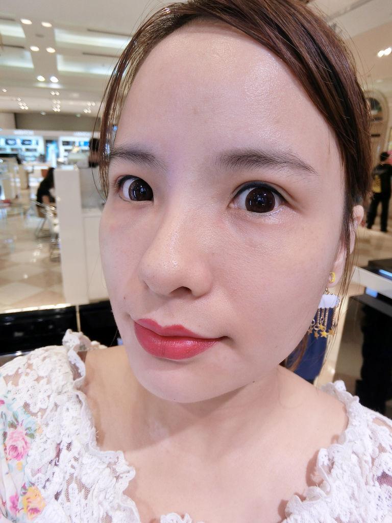 香奈兒超炫耀唇膏/2017香奈兒唇膏/香奈兒紅色唇管