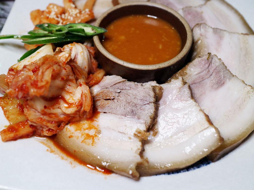 信義區韓式料理/燒酒一杯