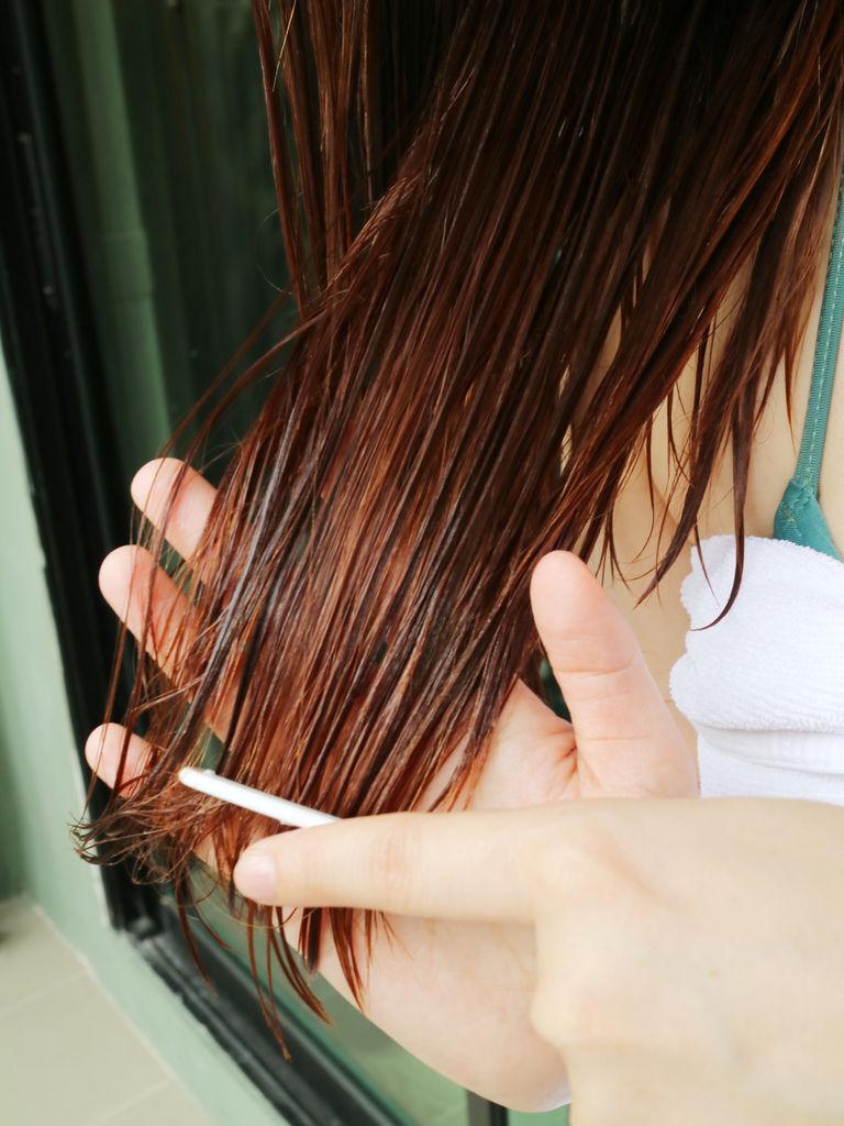 iriya免沖洗護髮精華乳