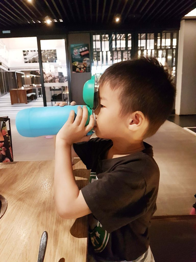 gululu 水精靈 讓你的小孩自然而然愛上喝水