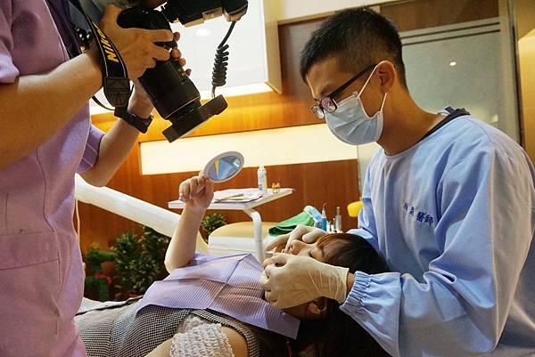 怡登牙醫推薦林葳醫師/牙齒冷光美白